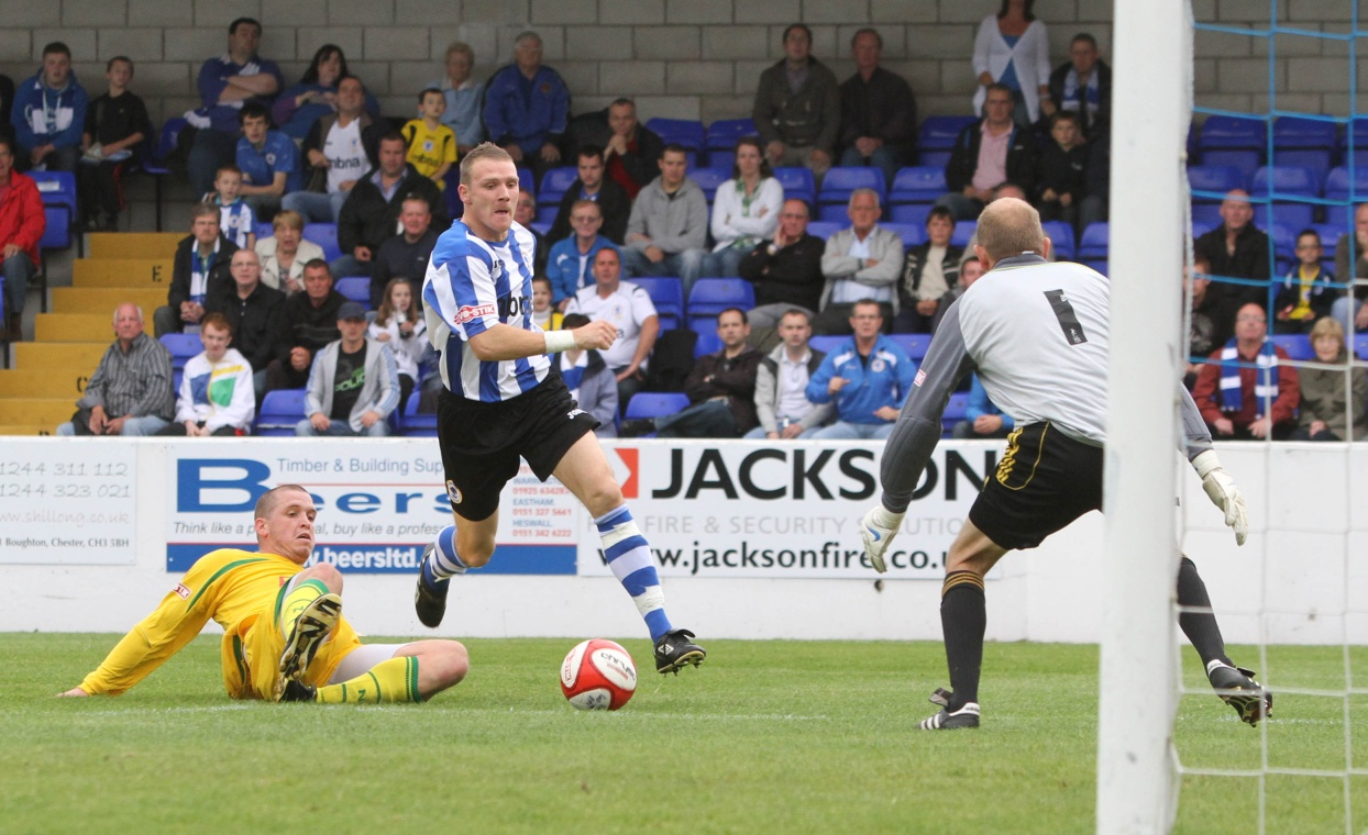 Chris Simm scores his second against North Ferriby United  Copyright © Rick Matthews