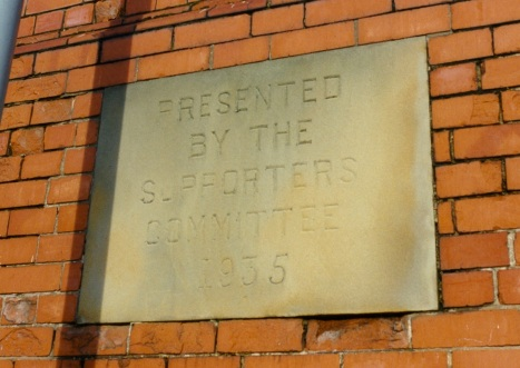 Plaque just before ground demolition in 1992 Copyright © Steve Mansley